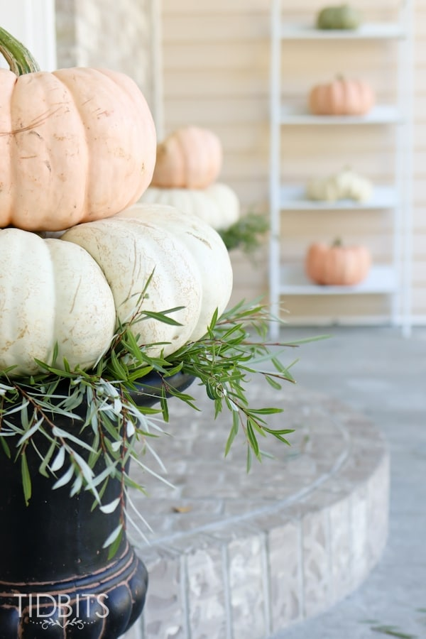 Fall Home Tour On The Porch @ Tidbits