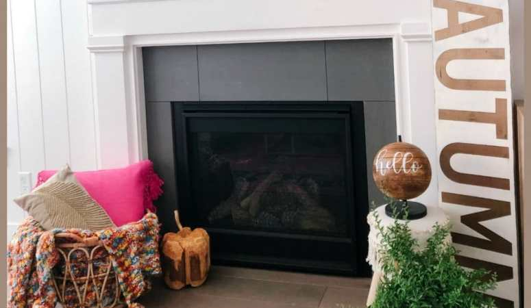 How to Create a Fall Mantel – two ways!