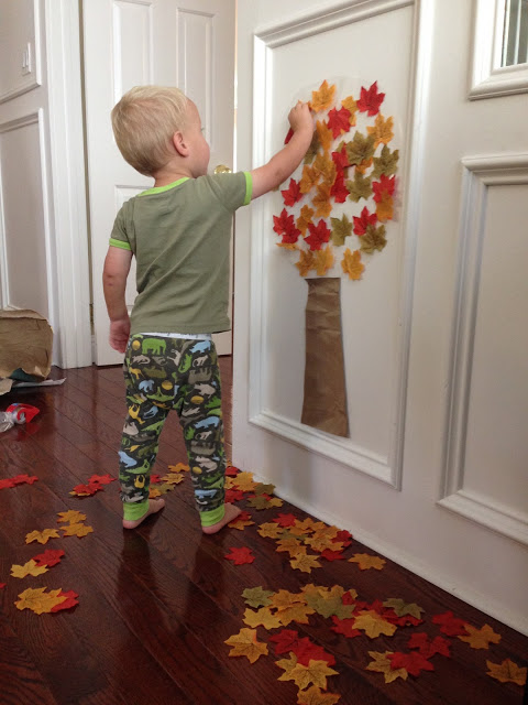 Easy Fall Tree Activity for Toddlers @ Toddler Approved