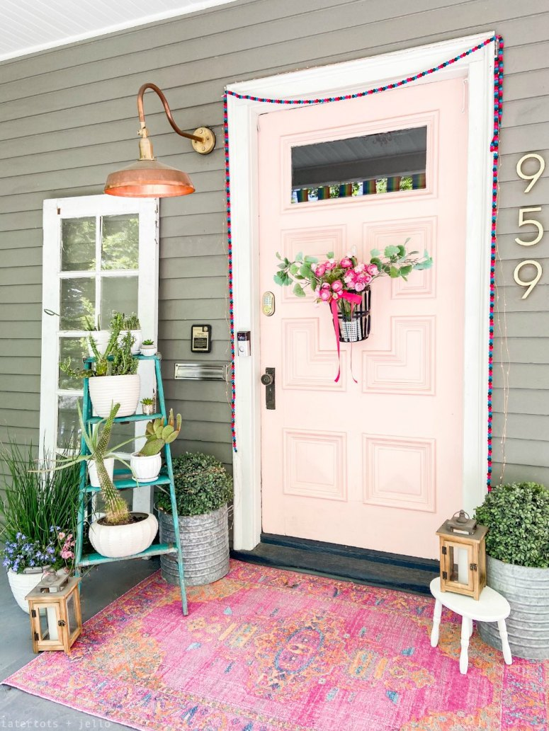Bright Bohemian porch decorating ideas