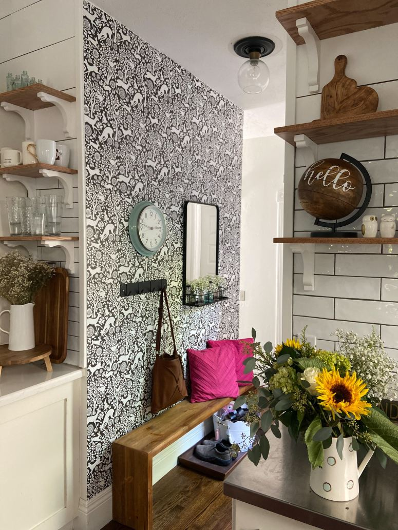 removable wallpaper in the kitchen