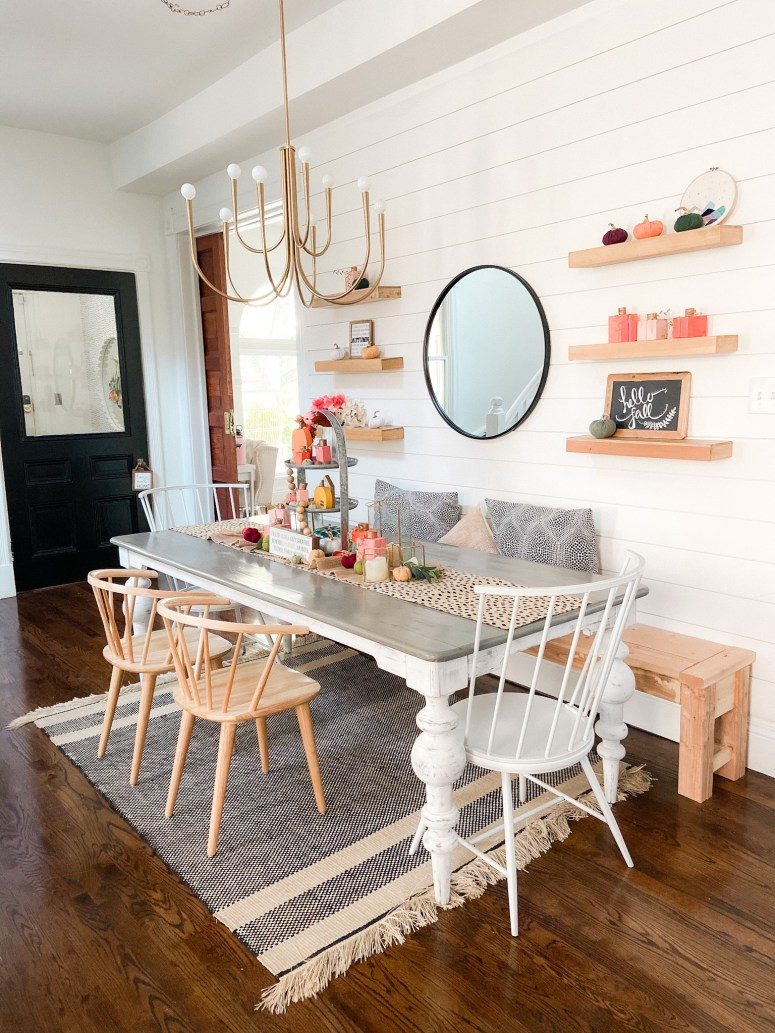 1891 Colorful Cottage Fall Decorating Ideas
