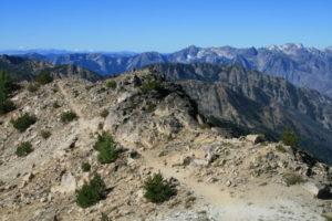 The trail along Switchback Peak
