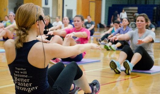 THON Fitness Class 001, de Penn State no Flickr.