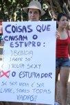 marcha-das-vadias-goiania-2012-coisas-que-causam-estupro-o-estuprador