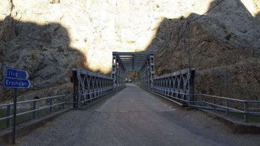 karanlik-kanyon-koprusu
