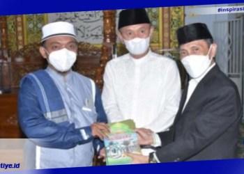 Bupati Gorontalo, Nelson Pomalingo yang juga sebagai ketua DMI saat berkunjung ke Pohuwato dalam Rangka Safari Ramadhan 1442 Hijiriah.