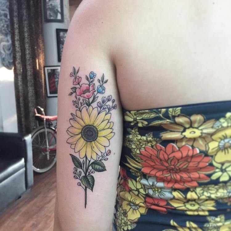 Color tattoo flowers by Buch at Familia Tattoo Bali