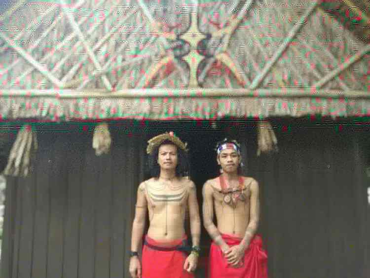 Bali handtapping tattoo artist Paburutkerey