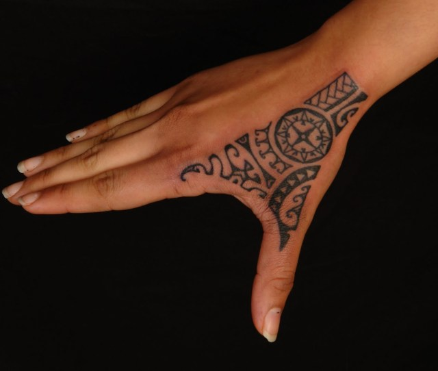 Rihanna Polynesian Hand Tattoo In  Real Photo Pictures Images And Sketches Tattoo Collections