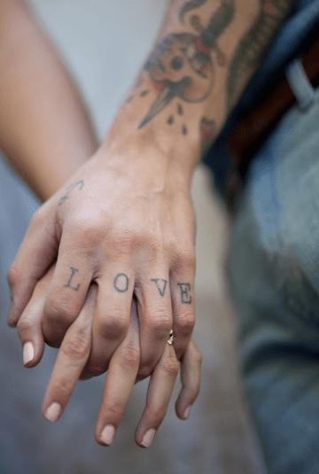Love Fingers Tat