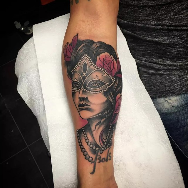 125+ Stunning Arm Tattoos For Women – Meaningful Feminine ...