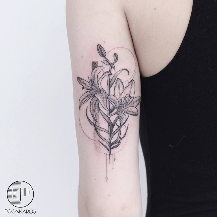 Thigh Full Tattoos Feminine