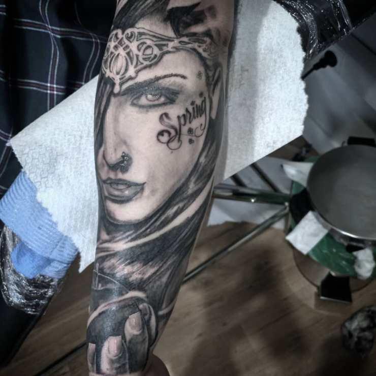 realismo antebrazo tatuaje palencia