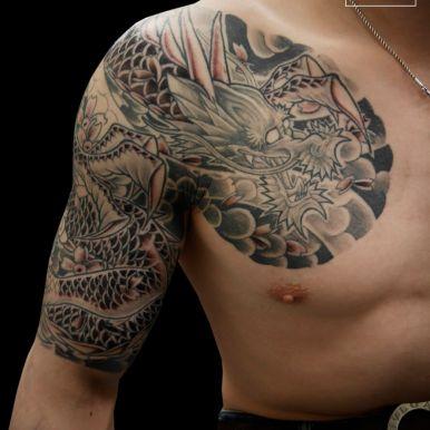龍 五分袖 dragon sleeve