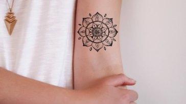 , 50 tatouages temporaires personnalisés drôles extraordinaires – dessins et significations (2019)  (En images)