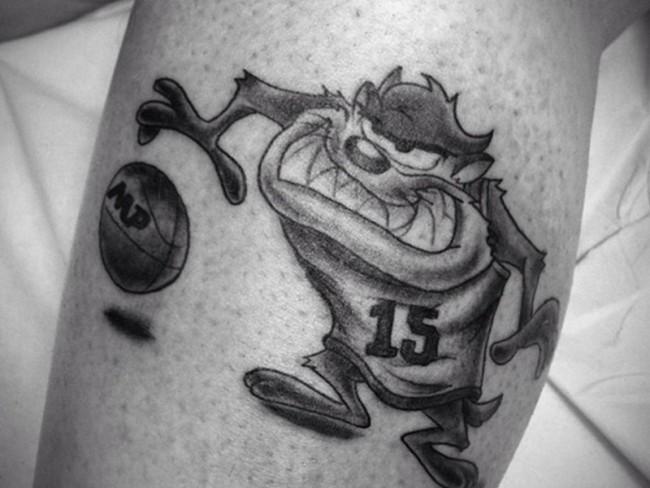 tatouage de basket-ball