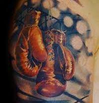 , Que signifie tatouage de gant de boxe?  (En images)