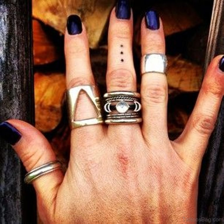 29 Nice Dots Tattoos For Fingers Ideas And Designs