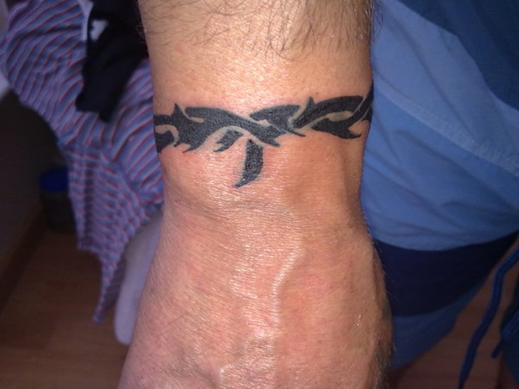 47 Attractive Band Tattoos For Your Writs Ideas And Designs