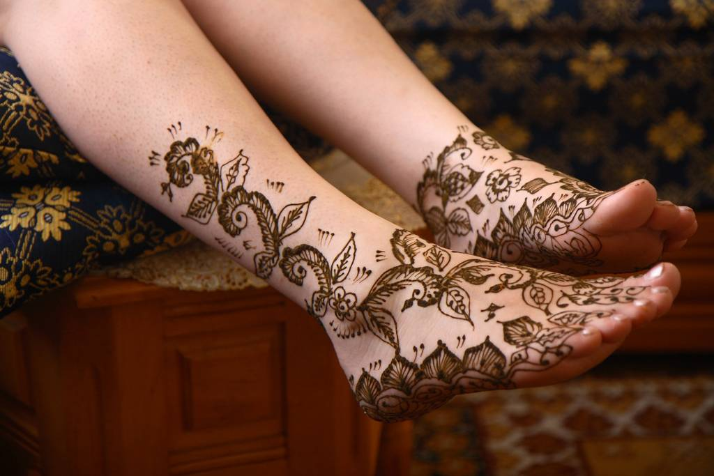 Temporary Henna Tattoos Tattoos On Foot For Women Tattoo Ideas And Designs