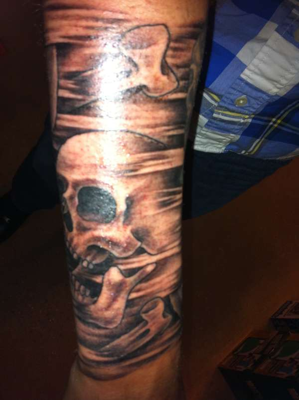 Skull 1 4 Sleeve Tattoo Ideas And Designs