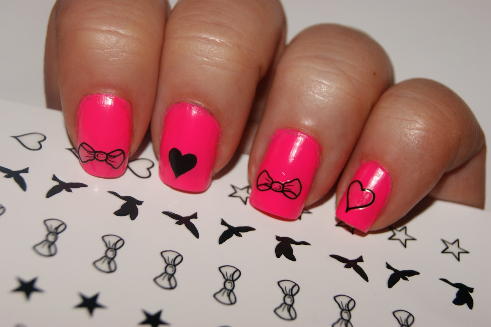 Easy Peasy Nail Tattoos The Sunday Girl Ideas And Designs