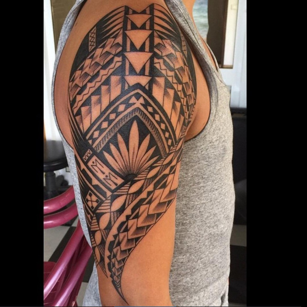 Tribal Tattoos 27 Amazing Designs We Found On Instagram Ideas And Designs