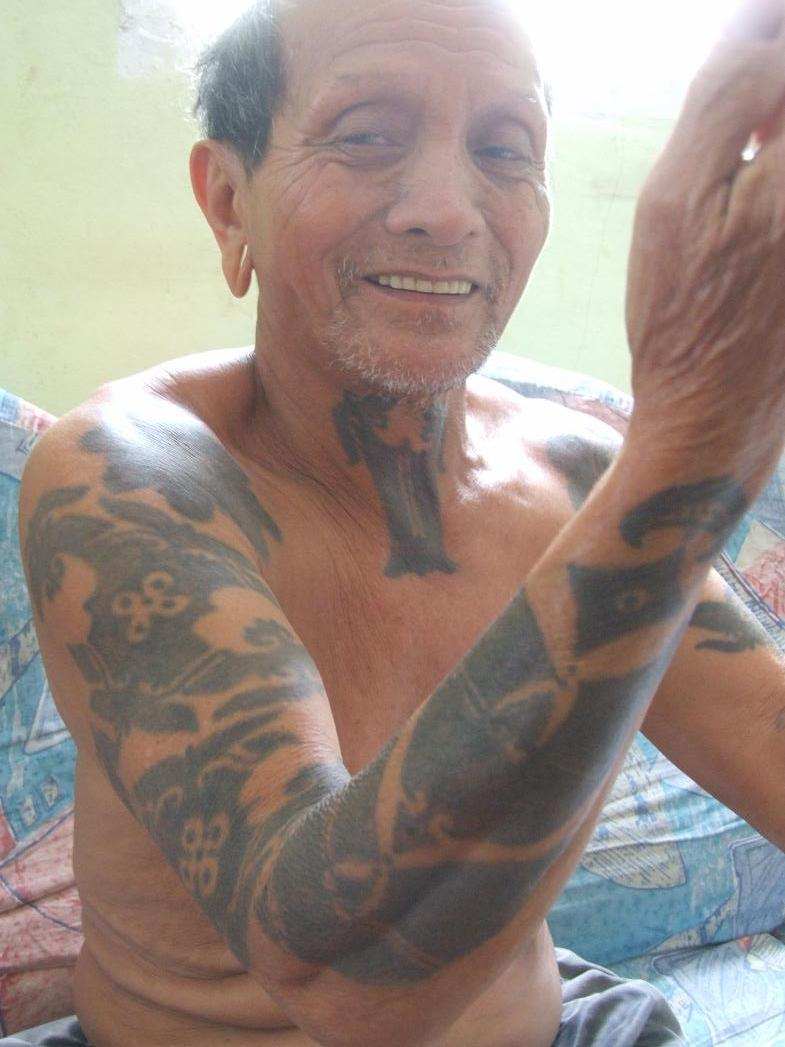 Old People With Tattoos 30 Remarkable Collections Slodive Ideas And Designs