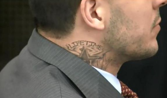 Aaron Hernandez Got A Neck Tattoo In Prison Larry Brown Ideas And Designs
