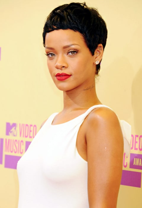 Pic Rihanna Gets Huge Tattoo Beneath Br**Sts To Honor Ideas And Designs