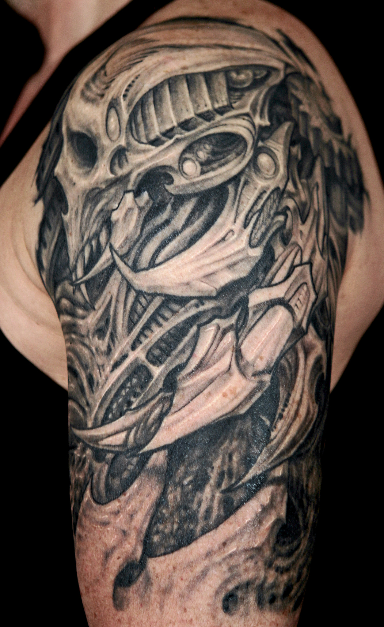 25 Amazing Biomechanical Tattoos Design Ideas And Designs