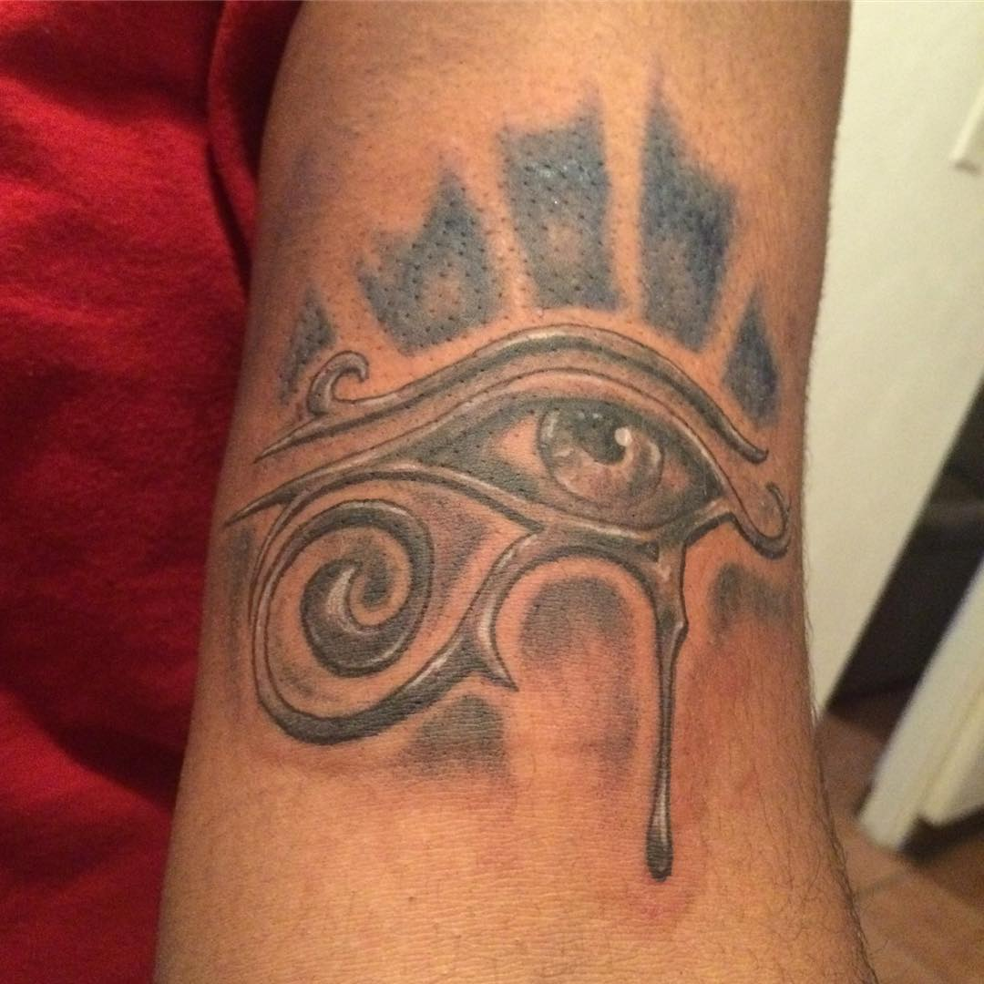Eye Of Ra Tattoo 43 Stylemann Ideas And Designs