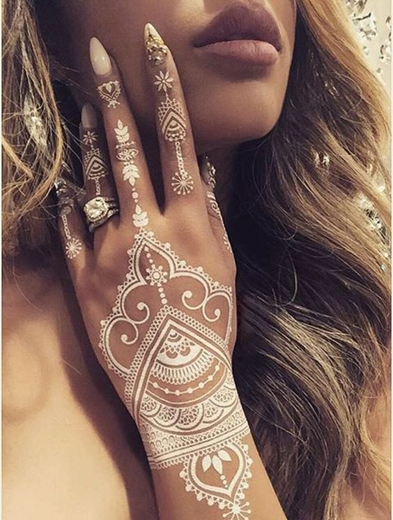 15 Breathtaking Henna Tattoo Designs You Will Love Ideas And Designs