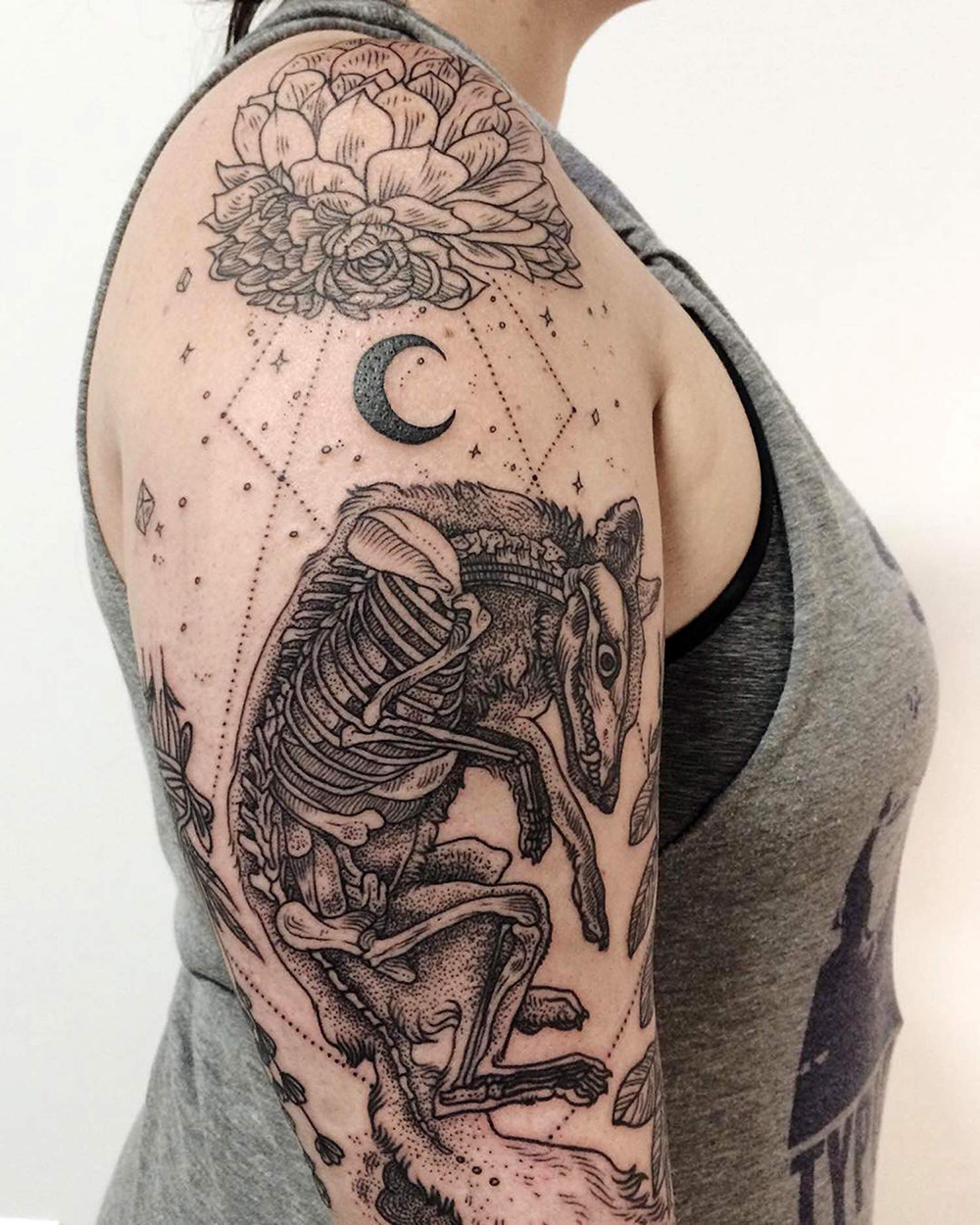 Tattoos Of Flora And Fauna Reminiscent Of Woodcut Etchings Ideas And Designs