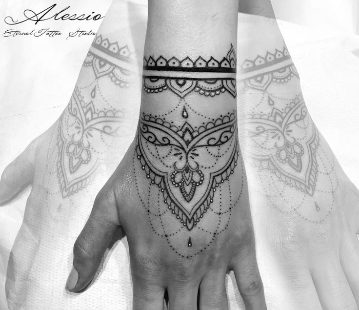 229 Best Images On Pinterest Hand Tattoos Tattoo Ideas Ideas And Designs