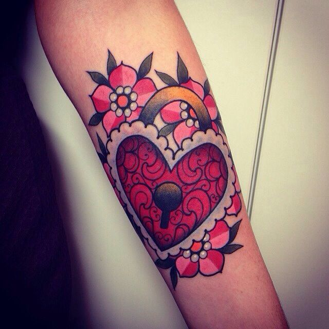 34 Best Tattoo Images On Pinterest Kitty Tattoos Cat Ideas And Designs