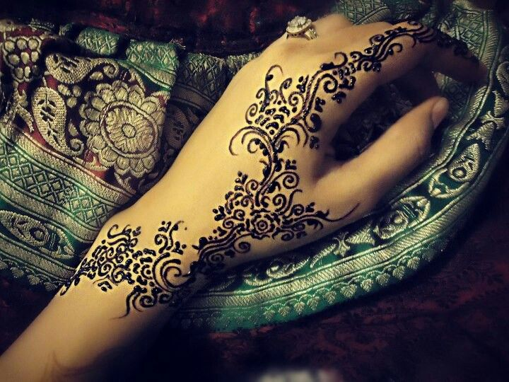Delicate Henna Art By Husnaa Kajee ☆ ★Stylish Ideas And Designs