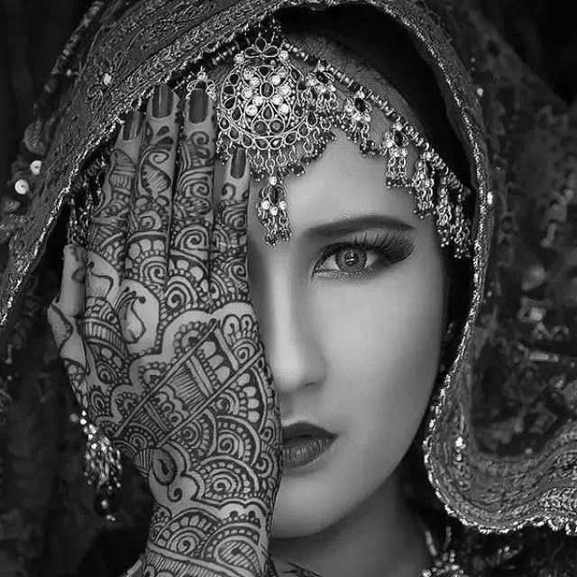Indian Bridal Jewelry Adornment And Henna Tattoo Indian Ideas And Designs