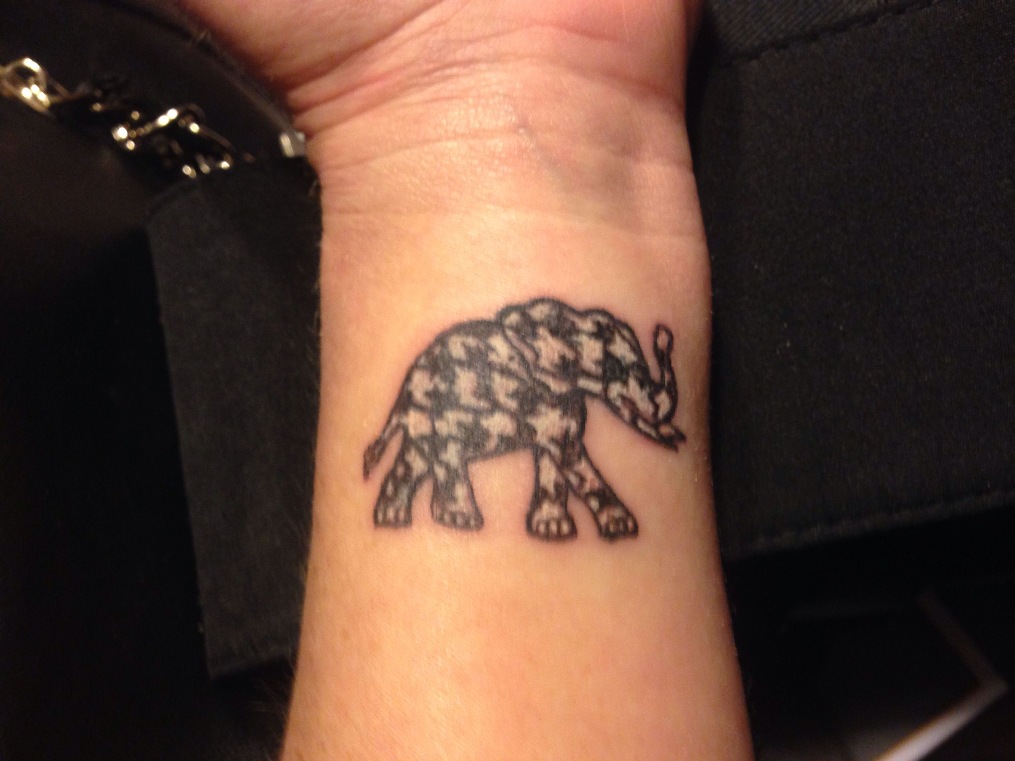 My Houndstooth Elephant Tattoo Roll Tide Tattoos Ideas And Designs