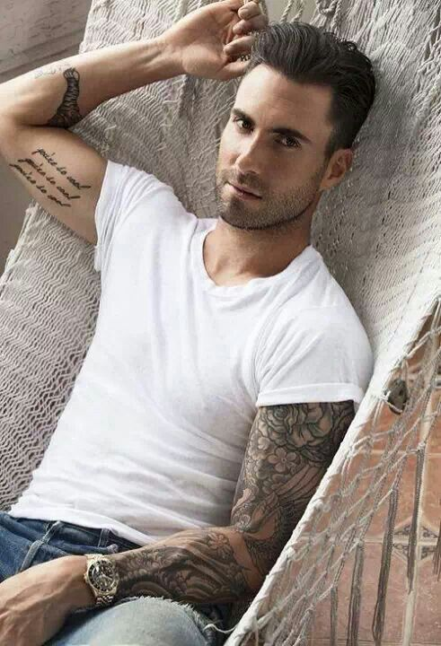 Adam Levine Favorite Color Food Animal Music Bands Sports Biography Ideas And Designs