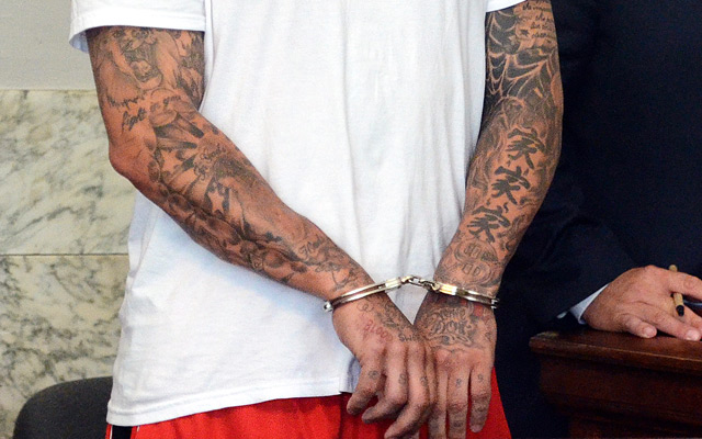 Officials Examining Aaron Hernandez S Tattoos For Gang Ties Cbssports Com Ideas And Designs