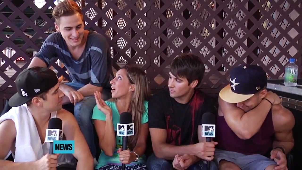 Big Time Rush Show Off Their New Tattoos Mtv Youtube Ideas And Designs
