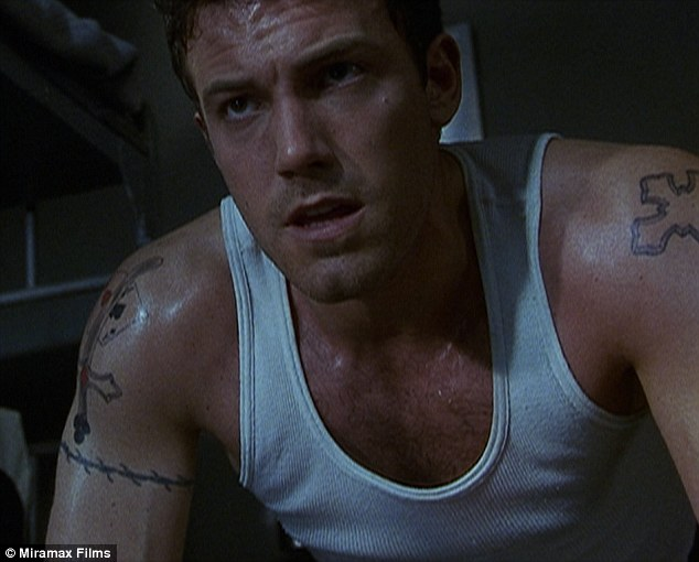 Ben Affleck S Huge Phoenix Back Tattoo Revealed Daily Ideas And Designs
