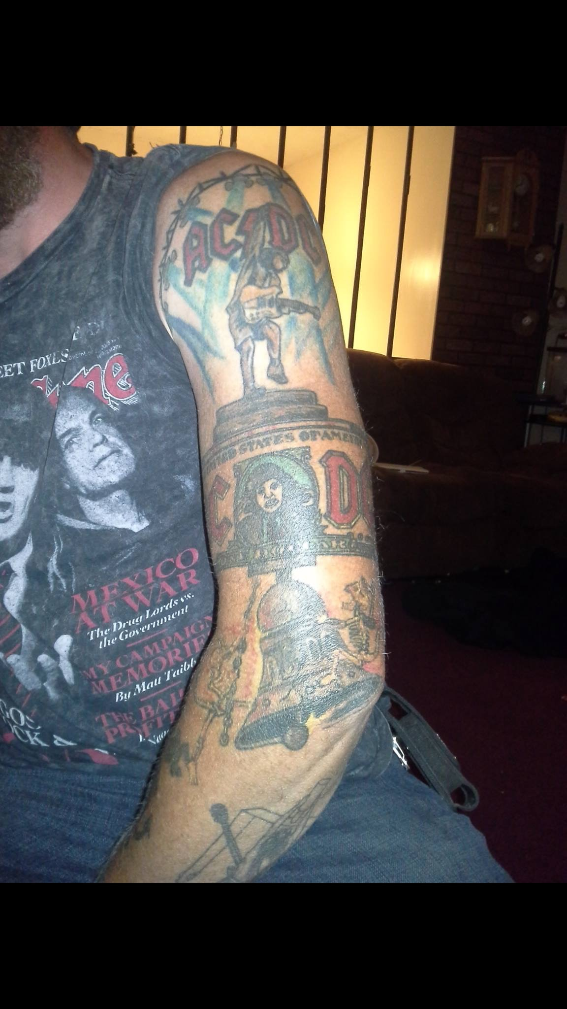 Ac Dc Mega Fan Shows His 'High Voltage' Fandom With His Ideas And Designs