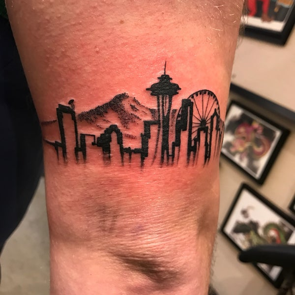 Under The Needle Tattoos Tattoo Parlor In Seattle Ideas And Designs