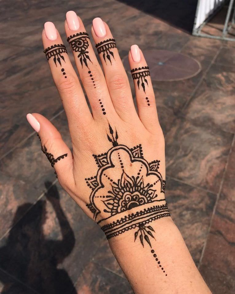 150 Gorgeous Designs That Show How Good A Henna Tattoo Can Get Ideas And Designs