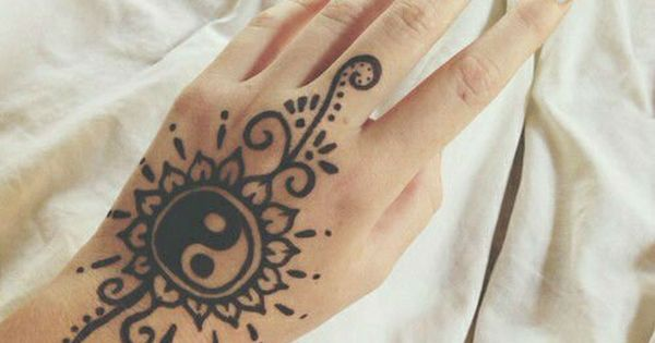 40 Delicate Henna Tattoo Designs Design Tattoo Designs Ideas And Designs