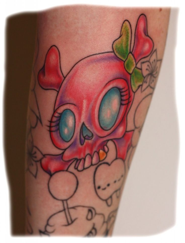 25 Best Ideas About Girly Skull Tattoos On Pinterest Ideas And Designs