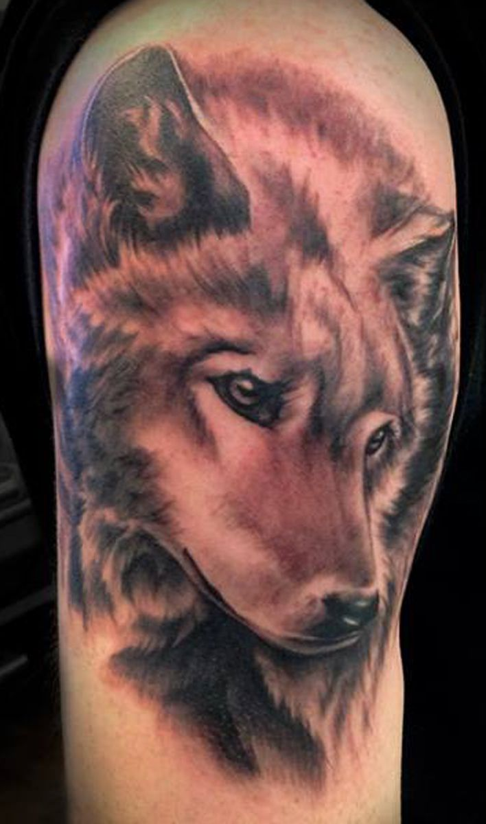 Black And Gray Wolf Tattoo Done By Angela Grace Tattoo Ideas And Designs
